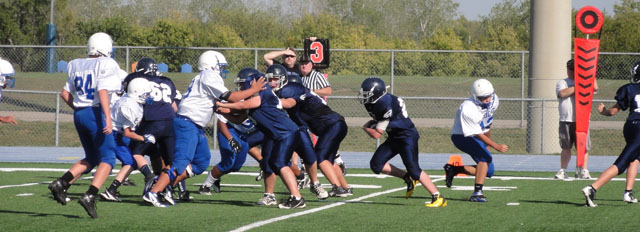 wrms_2011-09-27_football01.jpg